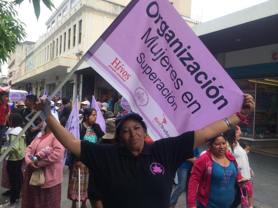 Las mujeres tuvieron gran presencia en la marcha del Día del Trabajador realizada esta mañana en la capital. (Foto: Luis Barrios/Soy502)