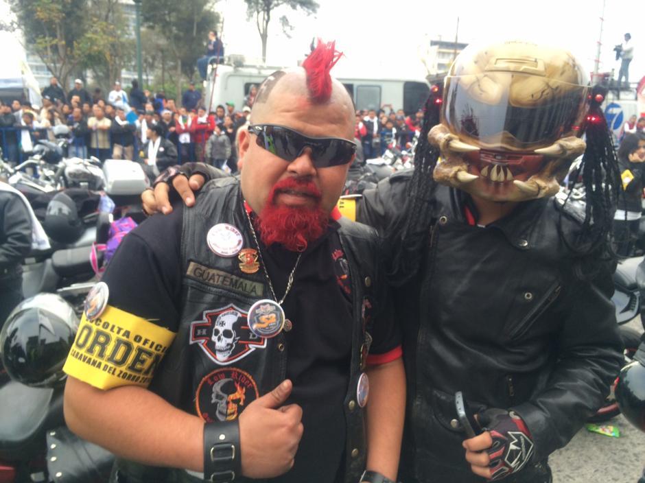 Disfraces, personificaciones y tradiciones, todo eso se vive en la Caravana del Zorro 2014.(Foto: Luis Barrios/Soy502)