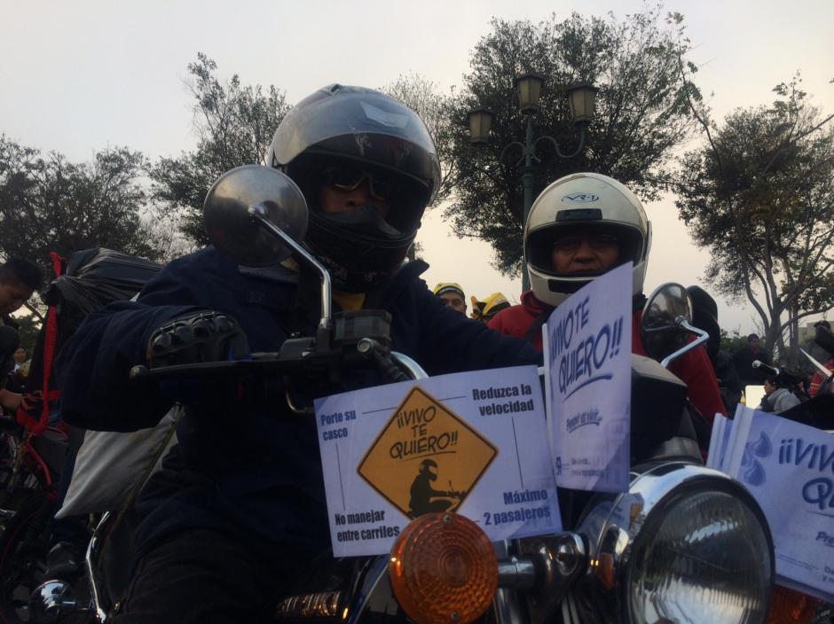 Las entidades de prevención han dado una serie de recomendaciones a los motoristas en la Caravana del Zorro, para que todo el recorrido se lleve a cabo sin accidentes.(Foto: Luis Barrios/Soy502)