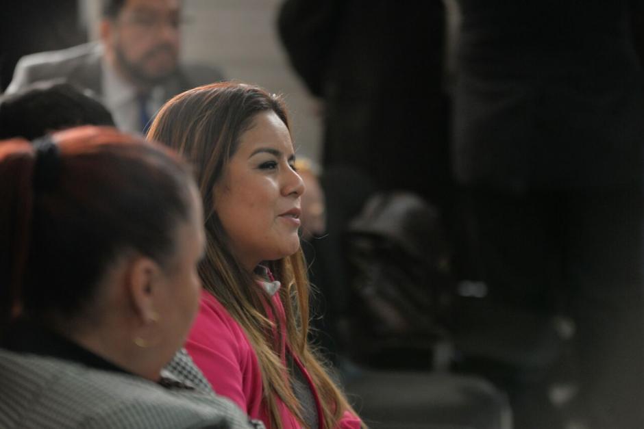 El juez Gálvez suspendió la audiencia debido a la ausencia de Roxana Baldetti, quien se encuentra en otro proceso. (Foto: Wilder López/Soy502)