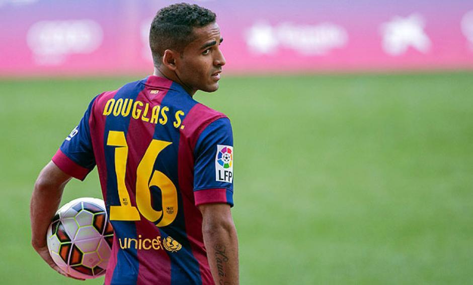 El lateral tuvo pocas apariciones en el equipo catalán desde su llegada. (Foto: La Tercera)