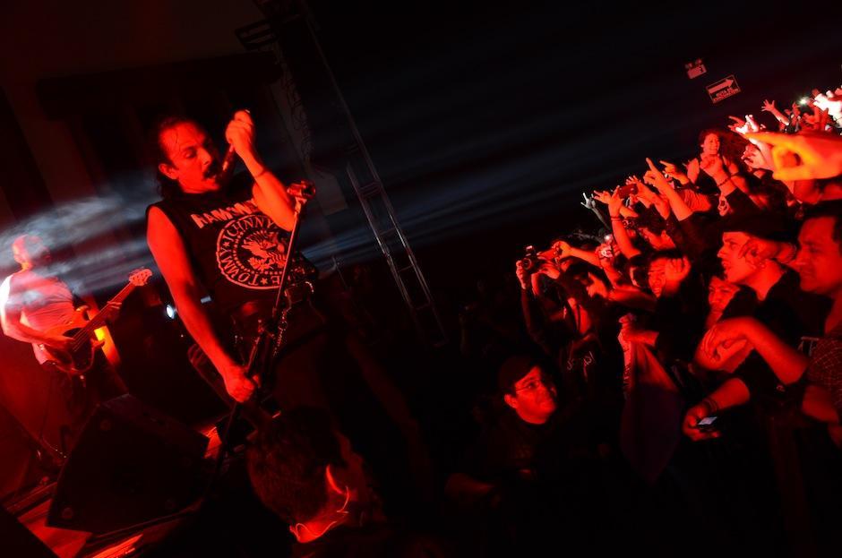 La Tona se presentó en concierto en el teatro Variedades luego de 2 años de ausencia. (Foto: Selene Mejía/Soy502)