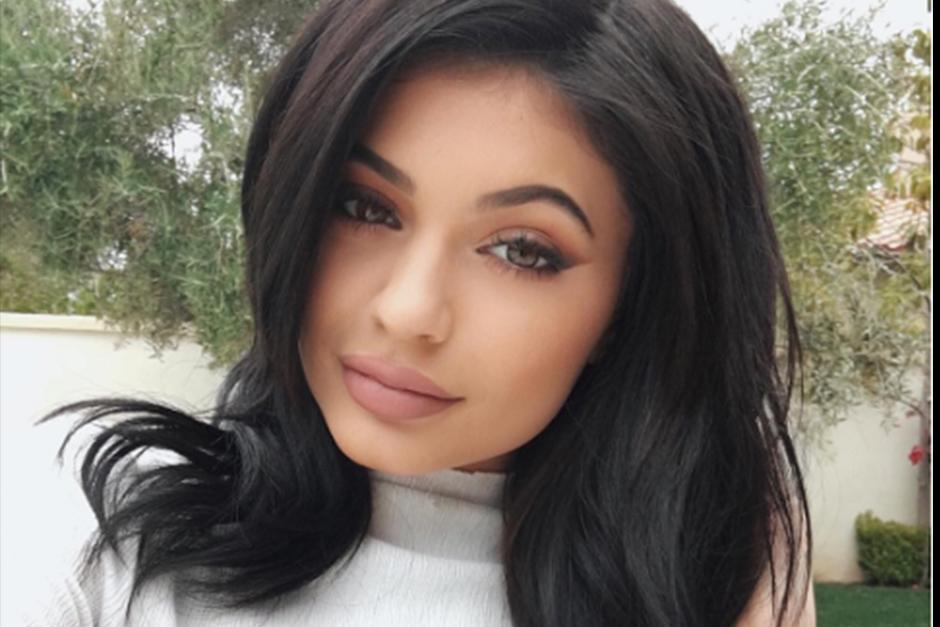 Al igual que sus hermanas, alcanzó la fama al participar en el Reality Show de su familia Keeping Up with the Kardashians. (Foto: Instagram)