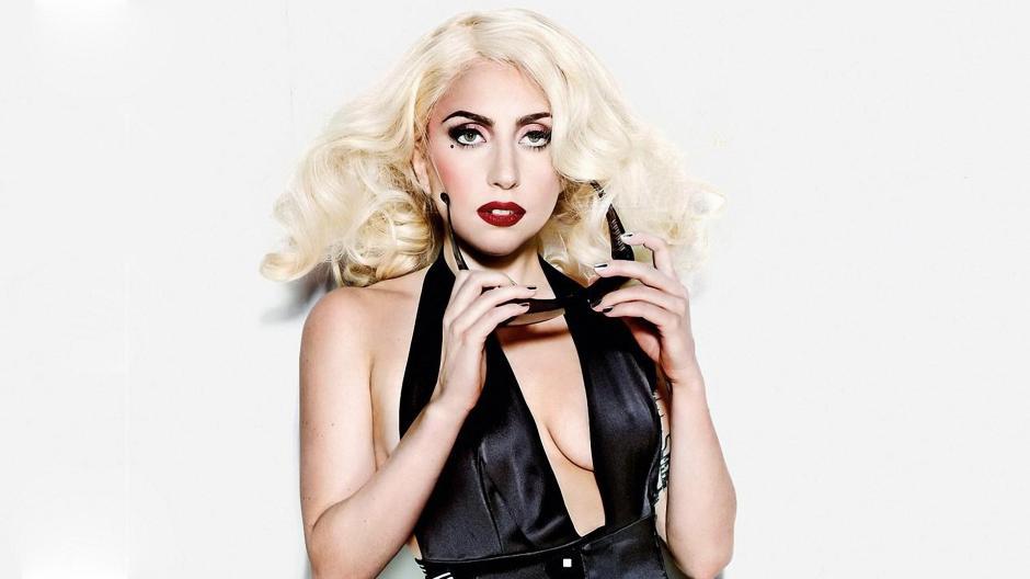 La cantante estadounidense Lady Gaga fue elegida mujer del año 2015 por la revista de entretenimiento Billboard. (Foto:panorama.com.ve)