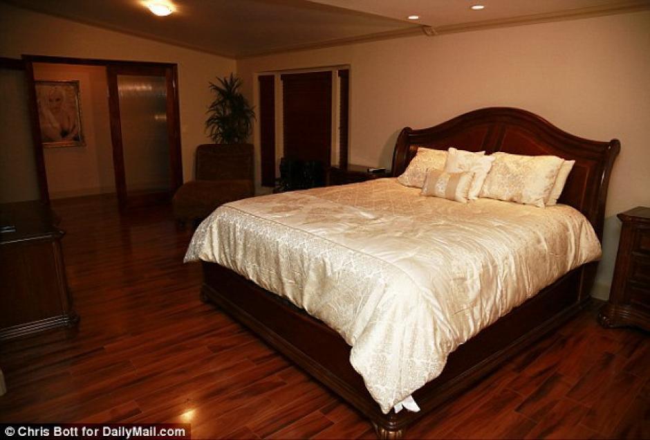 Esta es la suite VIP en el burdel Rancho Amor. (Foto: DailyMail)