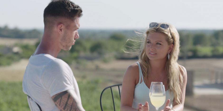 Zara, de 20 años, apareció en situaciones muy íntimas con un concursante en un reality show. (Foto: Love Island)