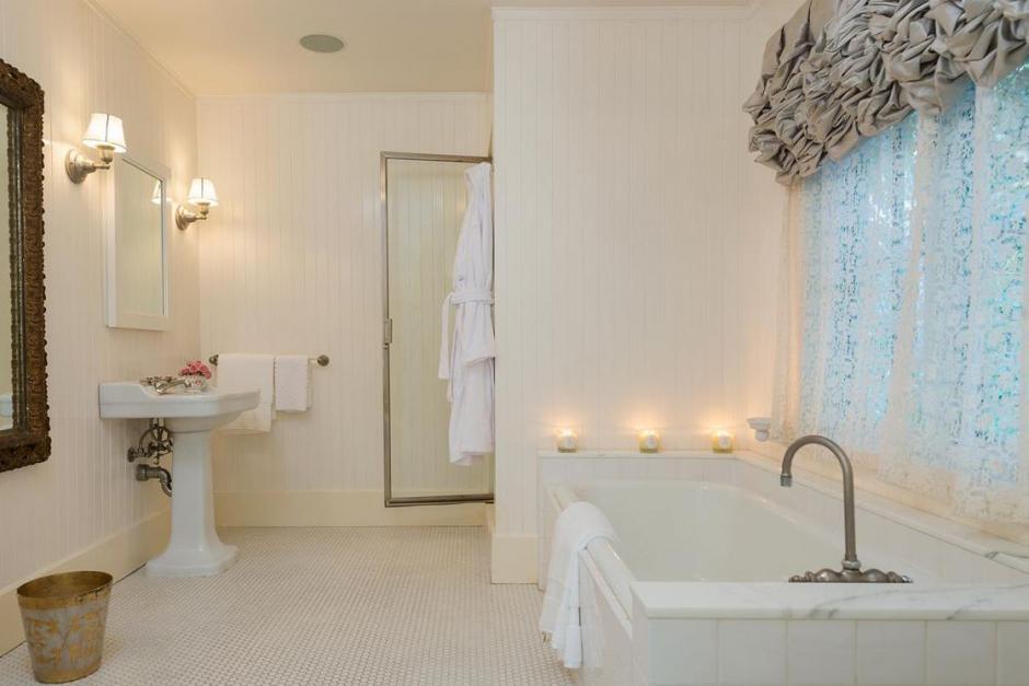 Esta residencia perteneció a Jessica Simpson y Ellen DeGeneres. (Foto: yahoo.com)