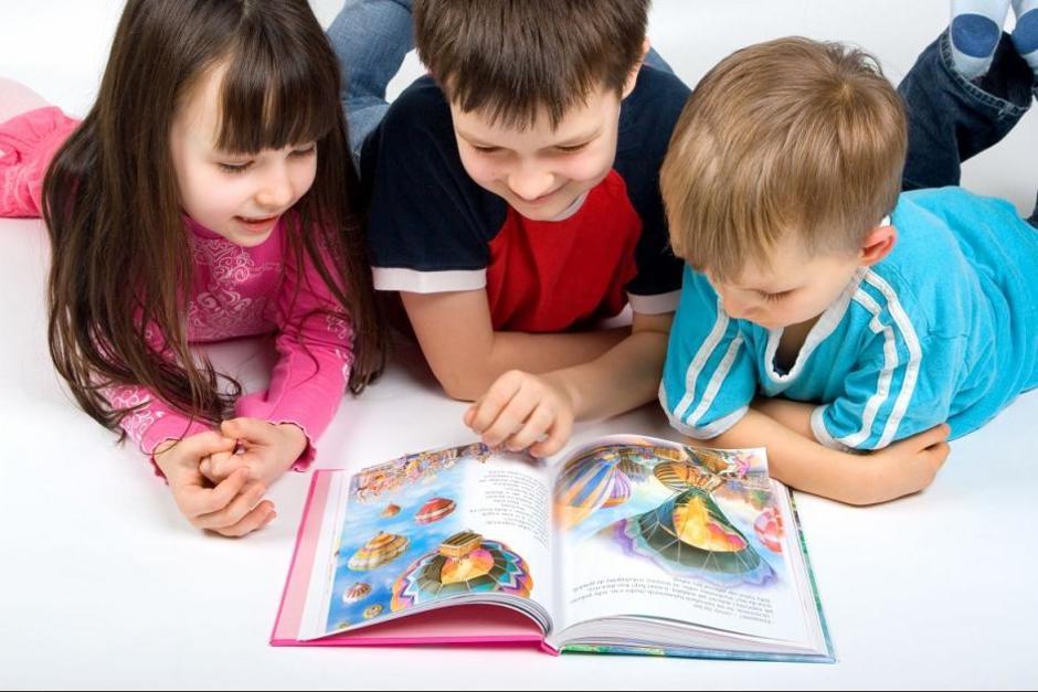 El hábito de la lectura de libros puede prolongar la vida en dos años. (Foto: cqmsjt.com)