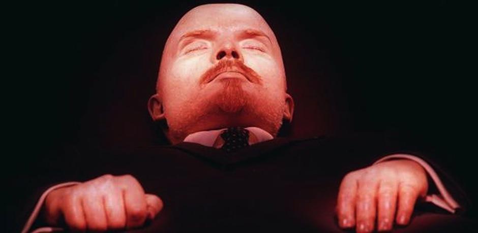 El cuerpo del lider comunista Vladimir Lenin aún se exhibe, el político se convirtió en un símbolo socialista. (Foto: Ranker)
