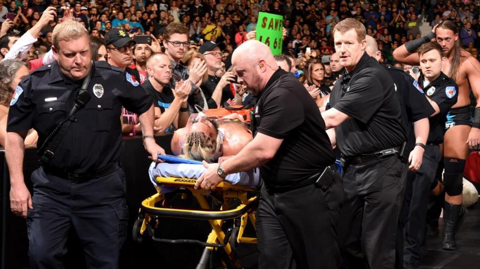 Al percatarse que había sufrido una lesión, Enzo fue trasladado a un hospital. (Foto: Twitter)