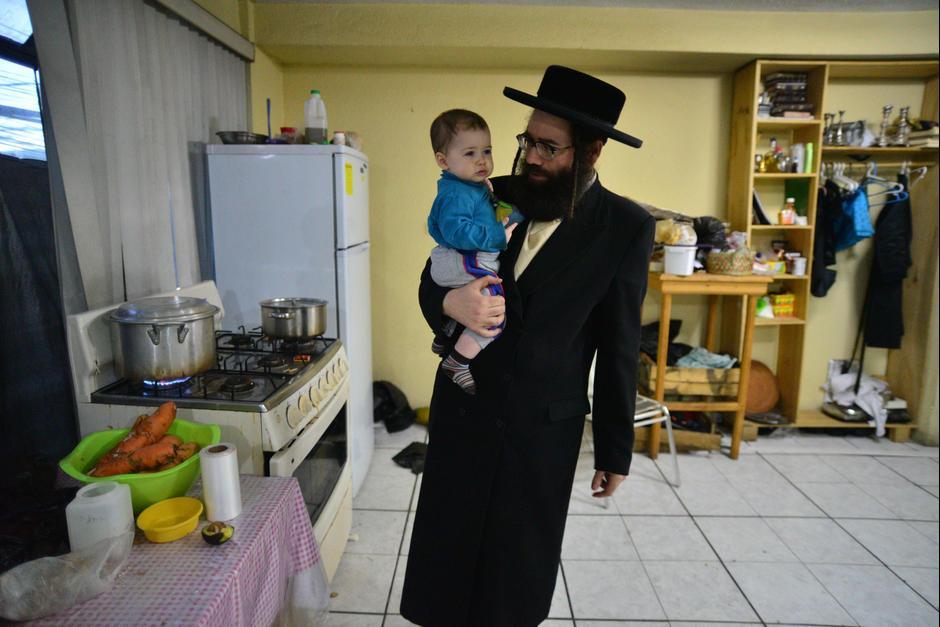 Uriel Goldman, rabino de Lev Tahor, dio a conocer la decisión. (Foto: Archivo/Soy502)