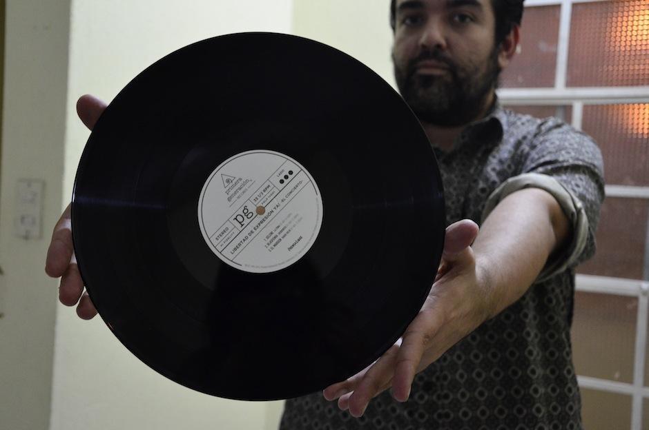 Cada vinilo está numerado, su edición es limitada. (Foto: Selene Mejía/Soy502)
