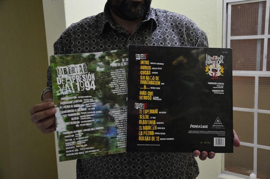 Cada vinilo incluye un CD y una tarjeta de descarga. (Foto: Selene Mejía/Soy502)