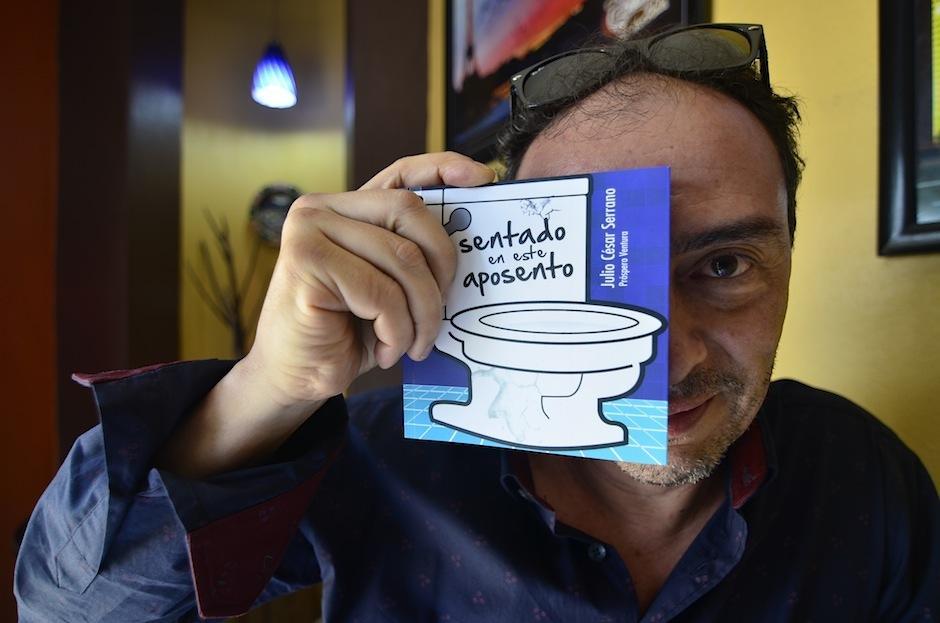 """""""Sentado en este aposento"""" es una recopilación de sus ocurrencias. (Foto: Selene Mejía/Soy502)"""