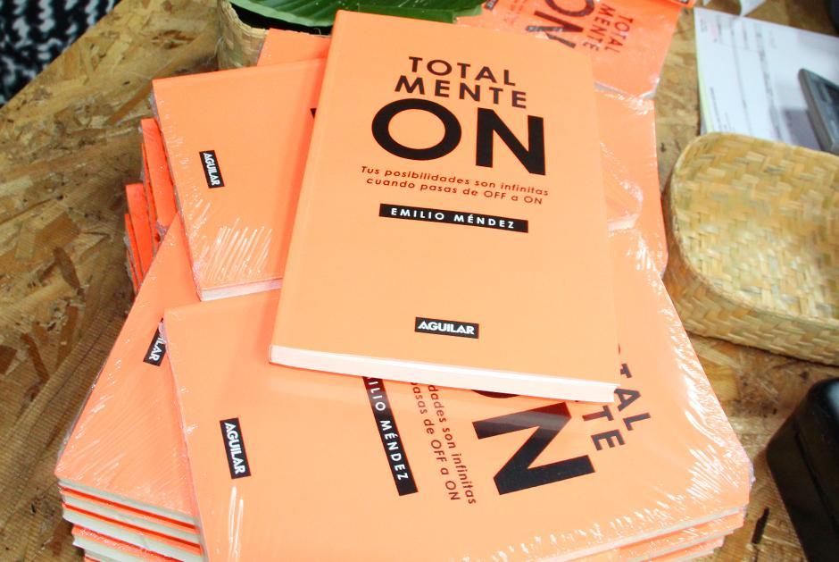 El libro está a le venta en librerías Sophos y Artemis Edinter. (Foto: Luis Barrios/Soy502)