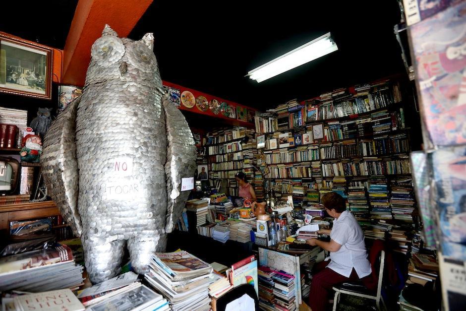 Interior de la librería El Búho. (Foto: Esteban Biba/EFE)