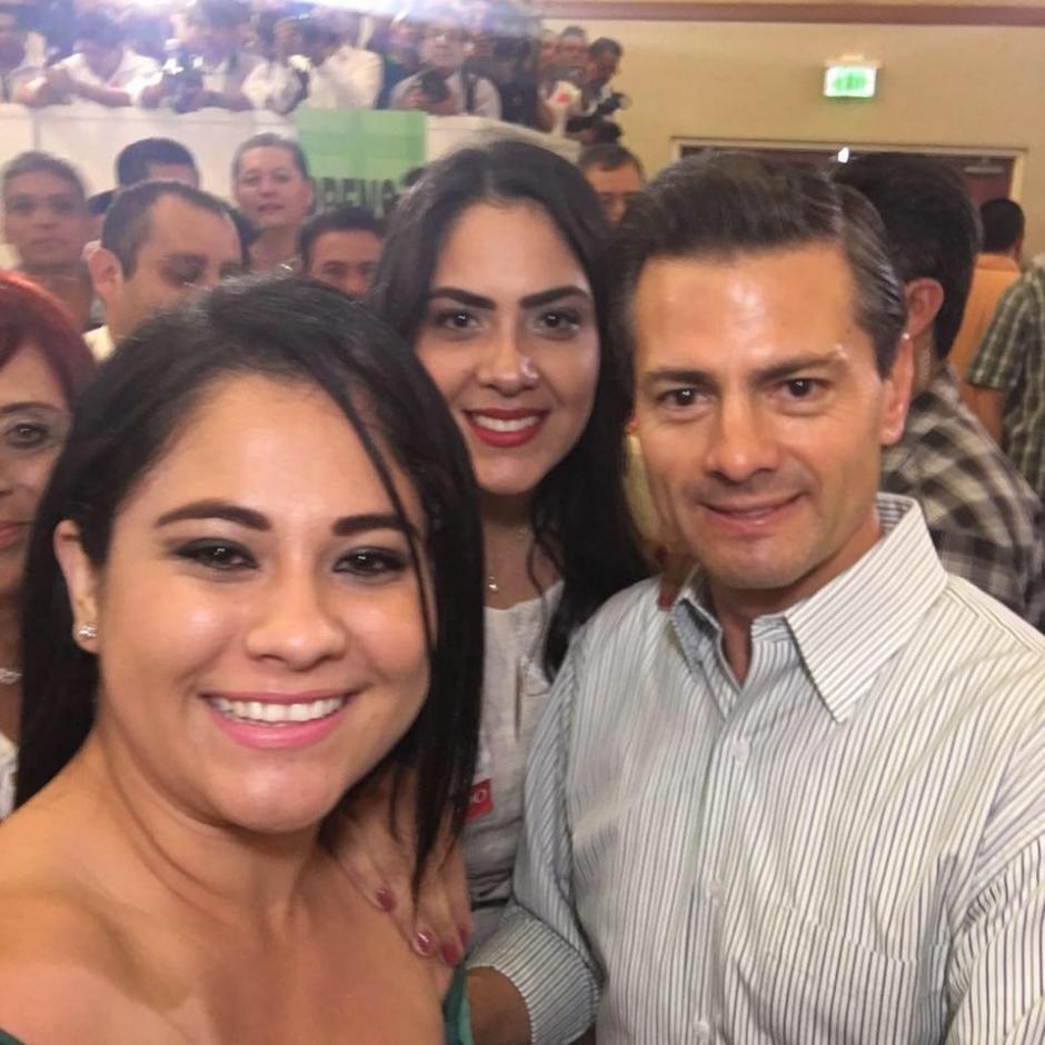 La capturada tiene fotos con el presidente Enrique Peña Nieto. (Foto: Facebook/ Ximena Bernal)