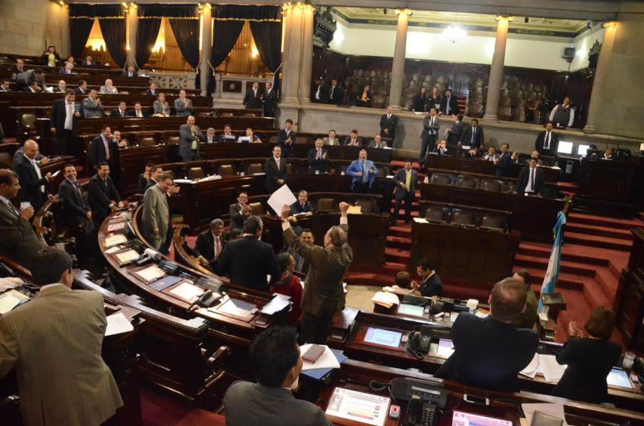 Este martes se aprobó la primera enmienda presentada por Fernando Linares Beltranena. (Foto: cortesía José Castro)
