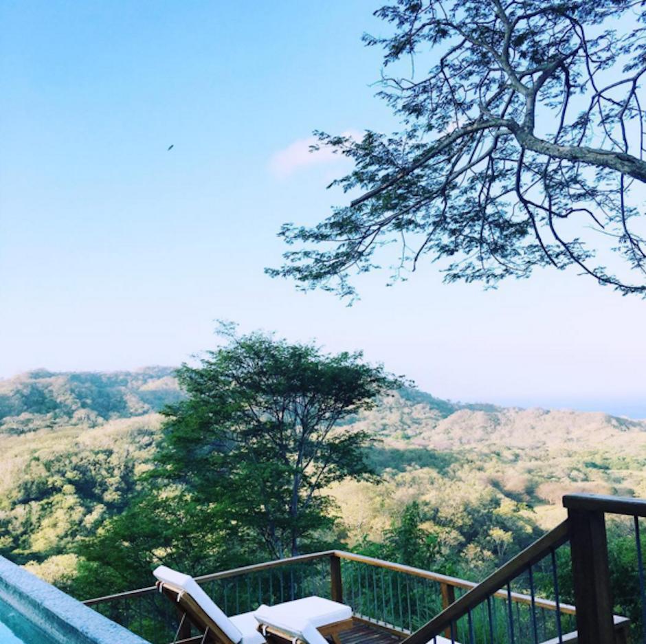 Lindsay muestra la vista desde su hotel en la selva costarricense. (Foto: Lindsay Lohan)