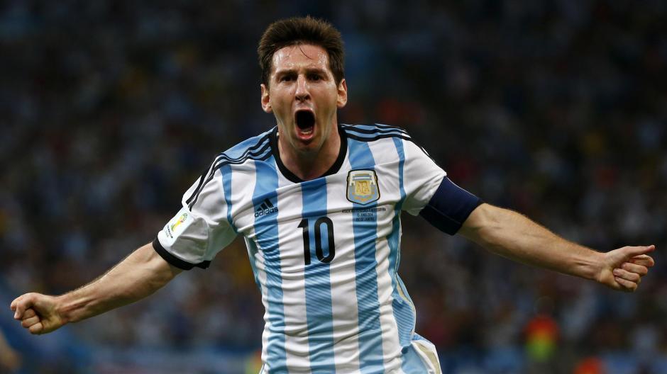 Lionel Messi es el emblema de la Selección de Argentina, pero llegará en duda a la Copa América, por lesión. (Foto: Agencias)