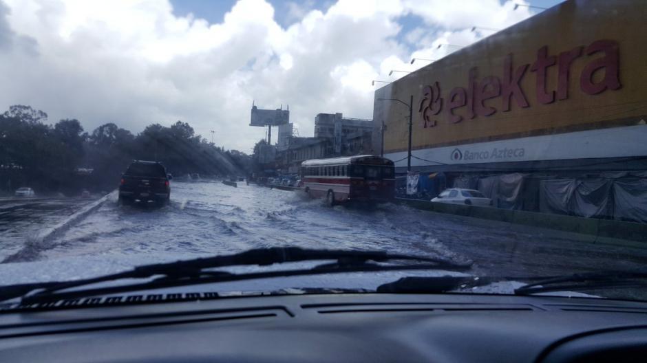 El Trébol también fue afectado por las fuertes lluvias. (Foto: @MartinezJenner)