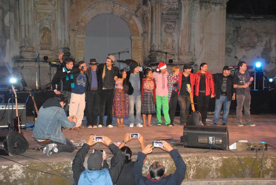 Sara Curruchich y Tavo Bárcenas también fueron parte del evento. (Foto: Pablo Solís/Nuestro Diario)