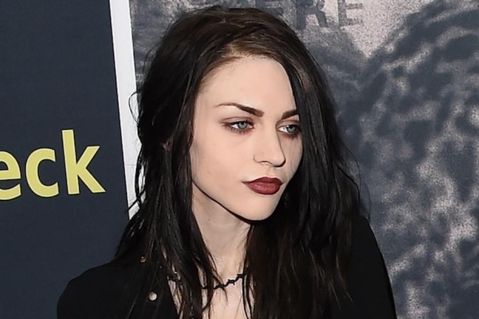 Frances Bean Cobain, hija de Kurt Cobain y Courtney Love iba a hacer el casting para interpretar a Bella pero el guión no le convenció. (Foto: loudwire.com)