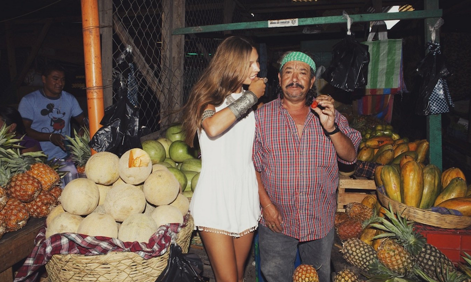 Las frutas de la estación fueron indispensables en este trabajo. (Foto: For love and lemons)