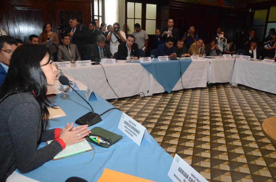 La reunión se hizo a solicitud de la funcionaria. (Foto: cortesía José Castro)