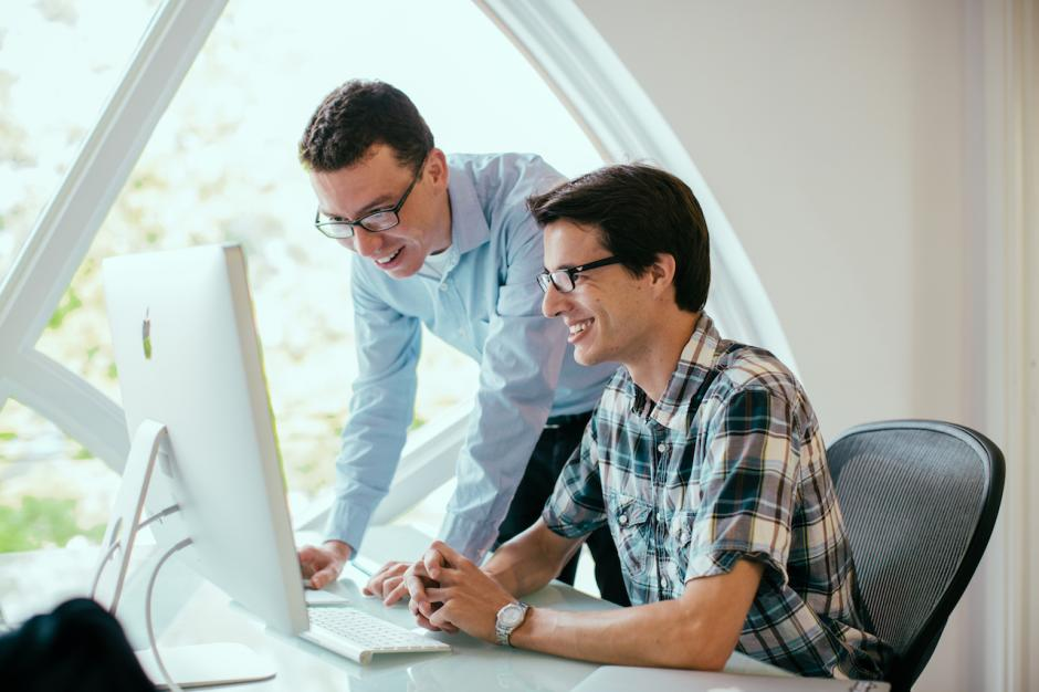 Luis von Ahn y Severin Hacker son los fundadores de Duolingo. (Foto: Duolingo)