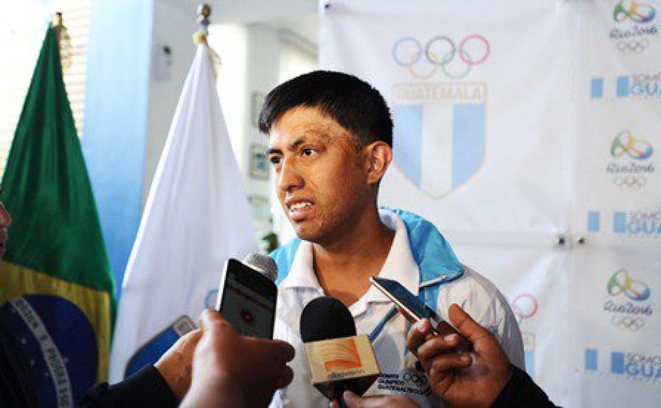 """Siete atletas guatemaltecos con marca de acceso para Río 2016 estuvieron en la actividad de """"A 100 días para los Juegos Olímpicos"""". (Foto: Diego Galiano/Nuestro Diario)"""