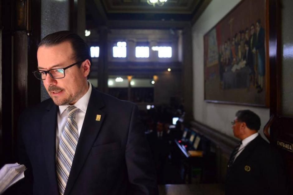 Luis Pedro Álvarez presentó este viernes su renuncia irrevocable a la bancada. (Foto: Archivo/Soy502)
