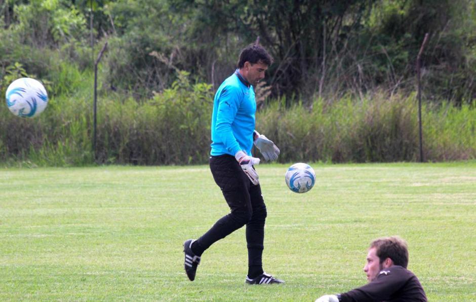 Luis Pedro Molina será titular en Comunicaciones. (Foto: Twitter)