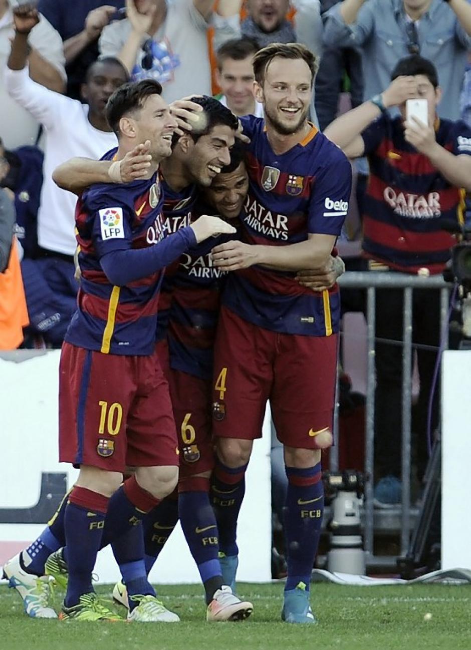 Suárez es parte fundamental del tridente ofensivo de Barcelona. (Foto: AFP)