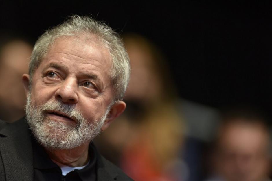 El expresidente brasileño Lula da Silva fue arrestado este viernes sindicado de lavado de dinero. (Foto. AFP)