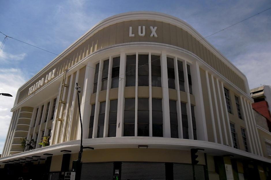 El Teatro Lux es ahora un espacio cultural que alberga diversas artes escénicas y visuales. (Foto: Guia de Art Deco y Arte Moderno)