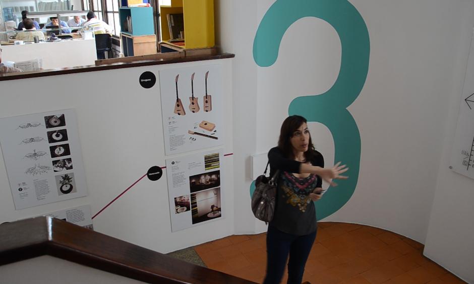 Patricia Rosenberg, directora del Lux, nos da un recorrido por los diversos espacios. (Foto: Esteban BIba/Soy502)