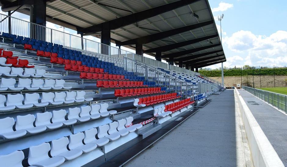 El estadio de Lyon tiene capacidad para recibir a 59 mil aficionados. (Foto: Facebook/Stade des Lyon)