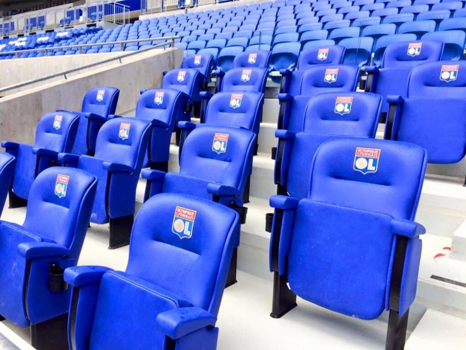 El estadio cuenta con tres gradas de distintos niveles para comodidad de los aficionados. (Foto: Facebook/Stade des Lyon)