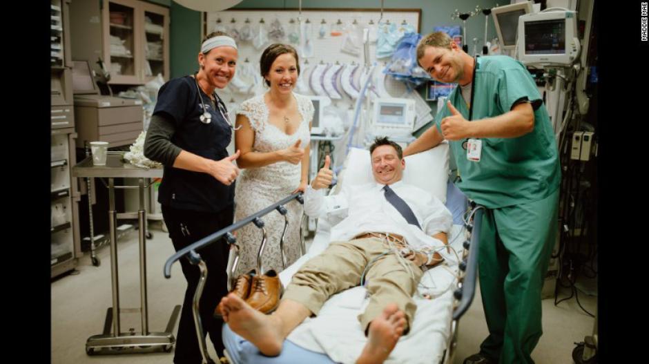La fotógrafa los siguió hasta el hospital para retratar toda la historia. (Foto: Maddie Mae)