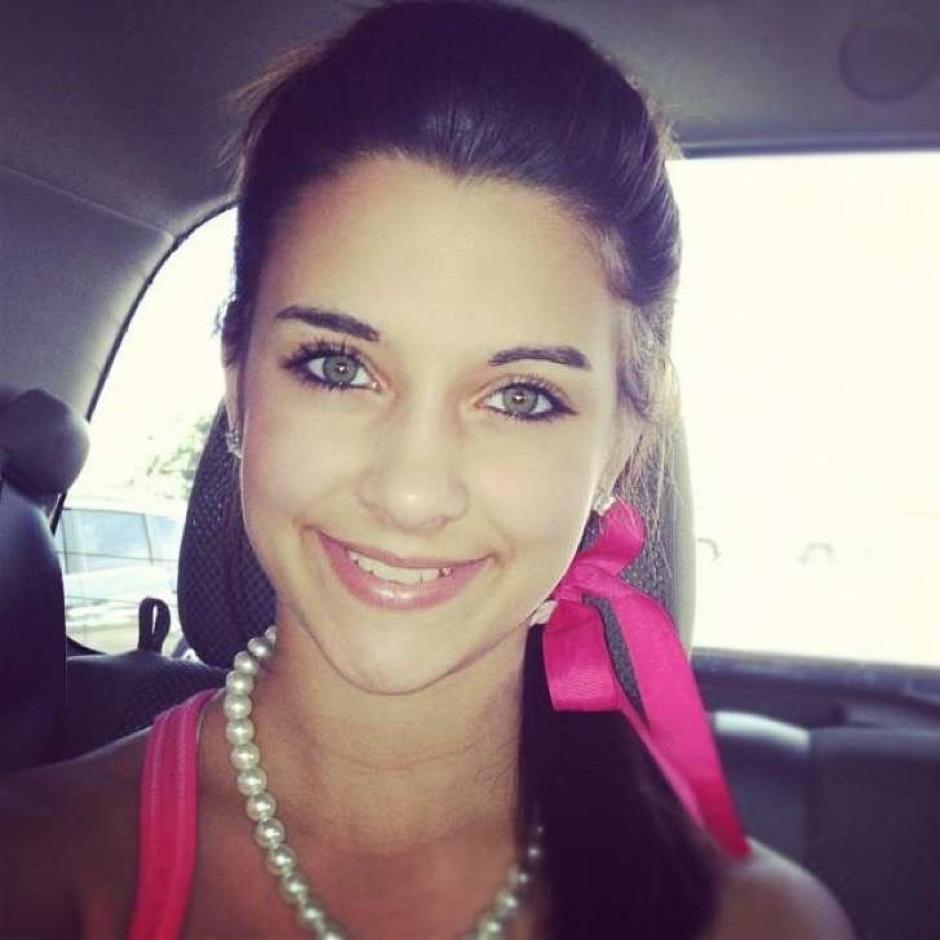 """Madison Cox es reina de belleza  y se ha conviertido en """"la criminal más sexy"""". (Foto: Twitter)"""