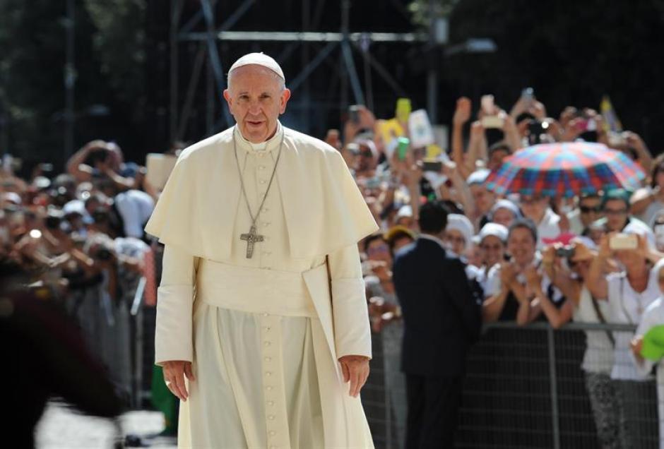El Papa Francisco fue el encargado de canonizar a la beata Teresa de Calcuta. (Foto: EFE)