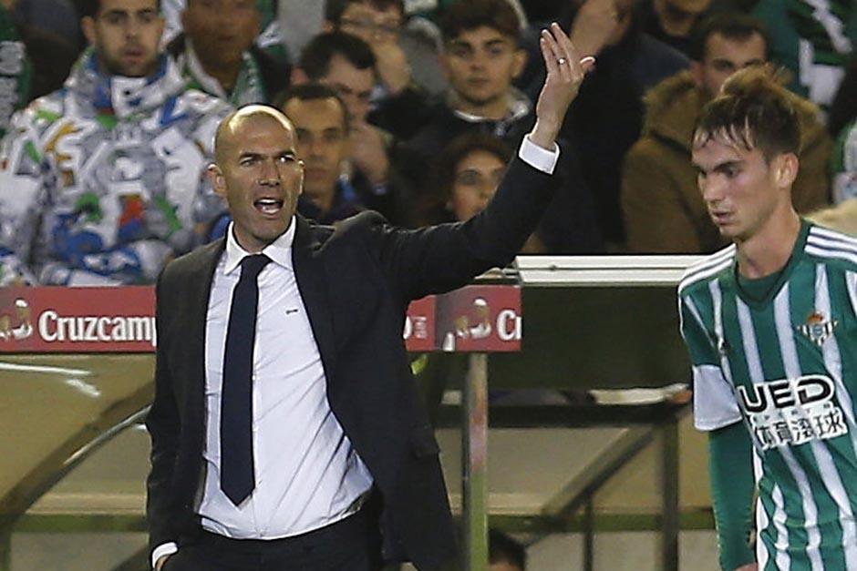 Zidane perdió sus primeros dos puntos como técnico del Real Madrid. (Foto: EFE)