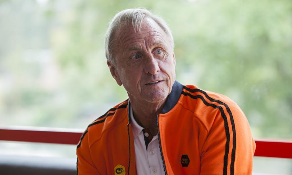 Cruyff es de origen holandés y jugó mucho tiempo para su selección