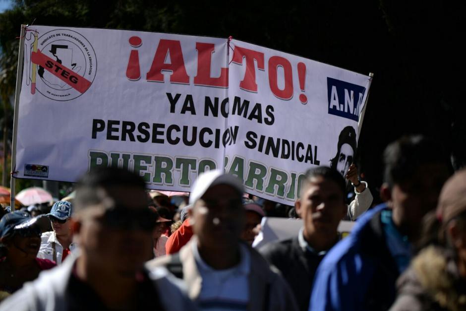Los maestros se reunieron desde tempranas horas de este jueves. (Foto: Wilder López/Soy502)