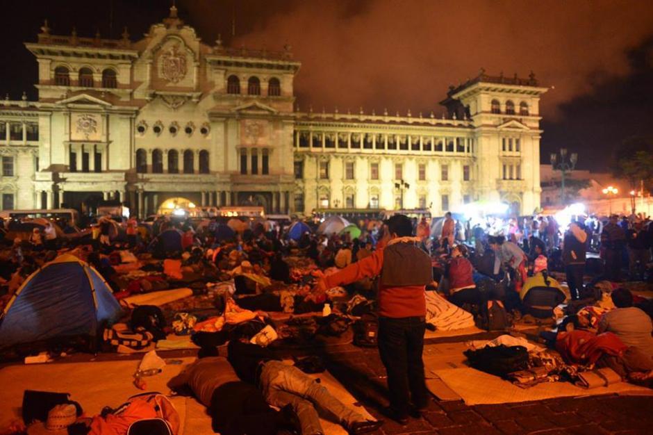 El marco es el Palacio Nacional de la Cultura. (Foto: Jesús Alfonso/Soy502)