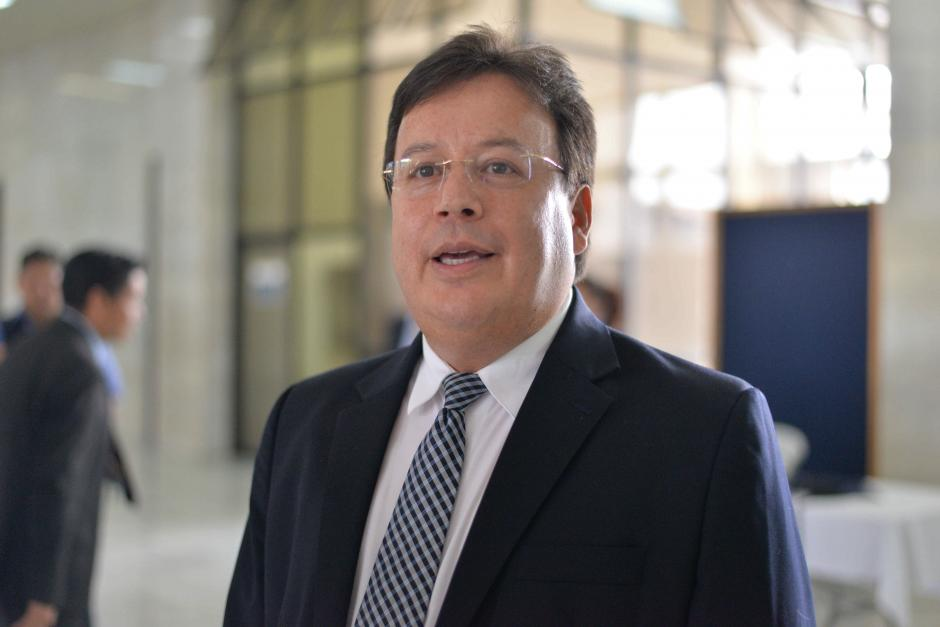El magistrado Vladimir Aguilar convocó a conferencia de prensa para hablar sobre sus vínculos con el caso TCQ. (Foto: Wilder López/Soy502)