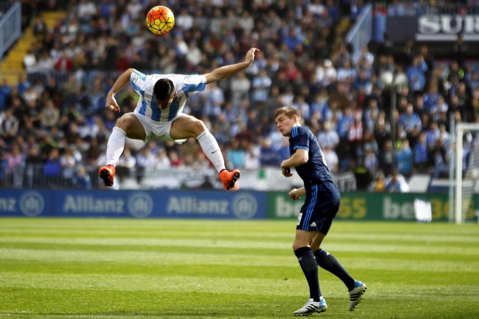 Málaga le complicó el partido a Real Madrid y lo dejó más lejos de Barcelona en el liderato. (Foto: EFE)