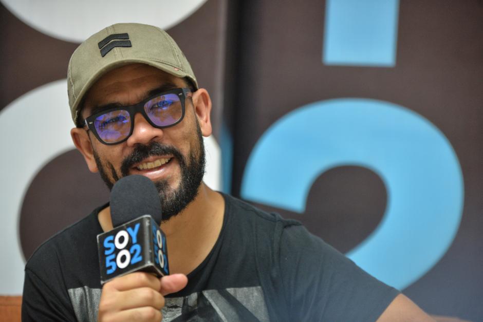 Leonel Hernández espera que algún día se pueda hacer una canción con Ricardo Arjona. (Foto: Wilder López/Soy502)