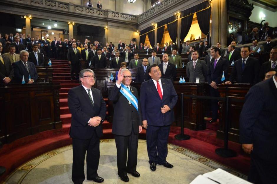 El presidente Alejandro Maldonado fue ovacionado al momento de tomar juramento. (Foto: Jesús Alfonso/Soy502)